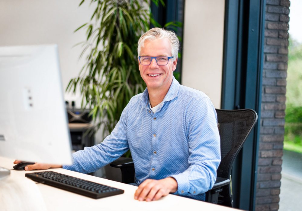 Max consultant Dutch Compliance Group